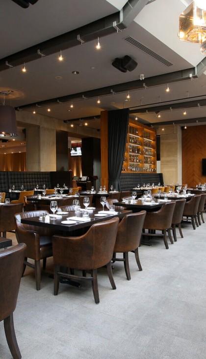 jump-restaurant-interior-dining-room
