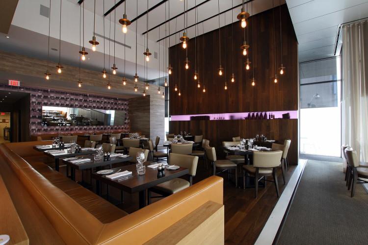 Luma Restaurant Lounge