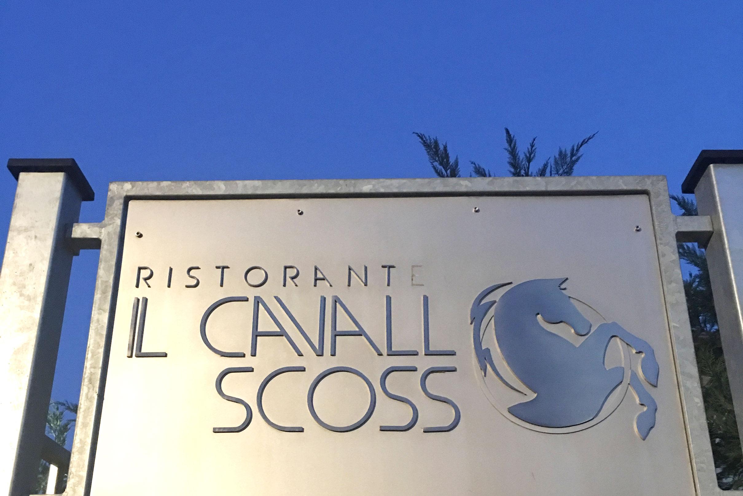 Il Cavallo Scosso in Italy