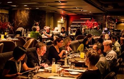 Toronto-Best-Restaurants-for-Visitors-Where-to-Dine-Award-2015-Canoe
