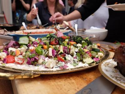Family Feast at Leña