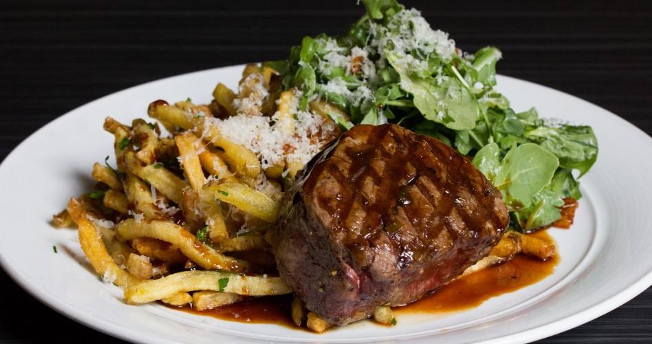 O&B Café Grill, Steak Frites
