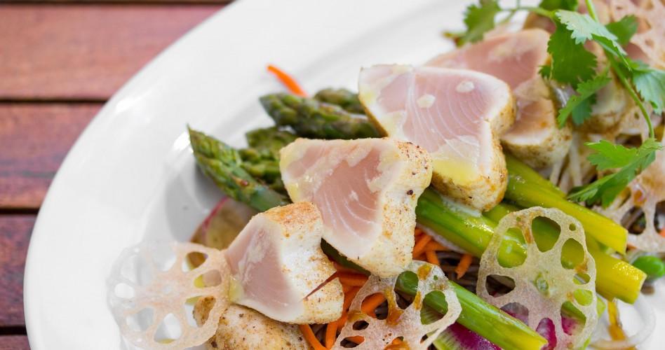 Seared Tuna at O&B Café Grill