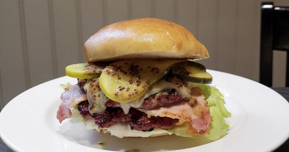 Beleaf Burger at O&B Café Grill, Yonge & Front