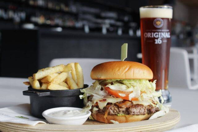 burger and beer combo
