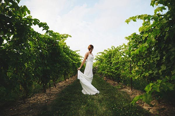 Bride at Georgian Hills Vineyards in The Blue Mountains