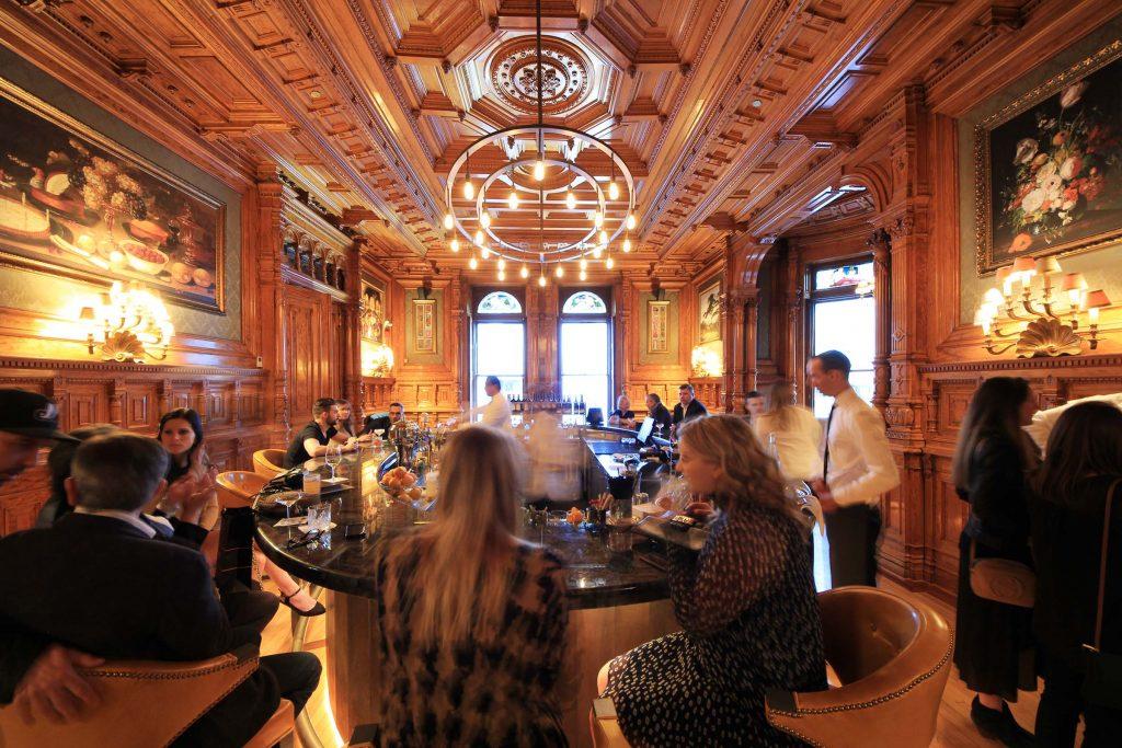 Bar George Restaurant