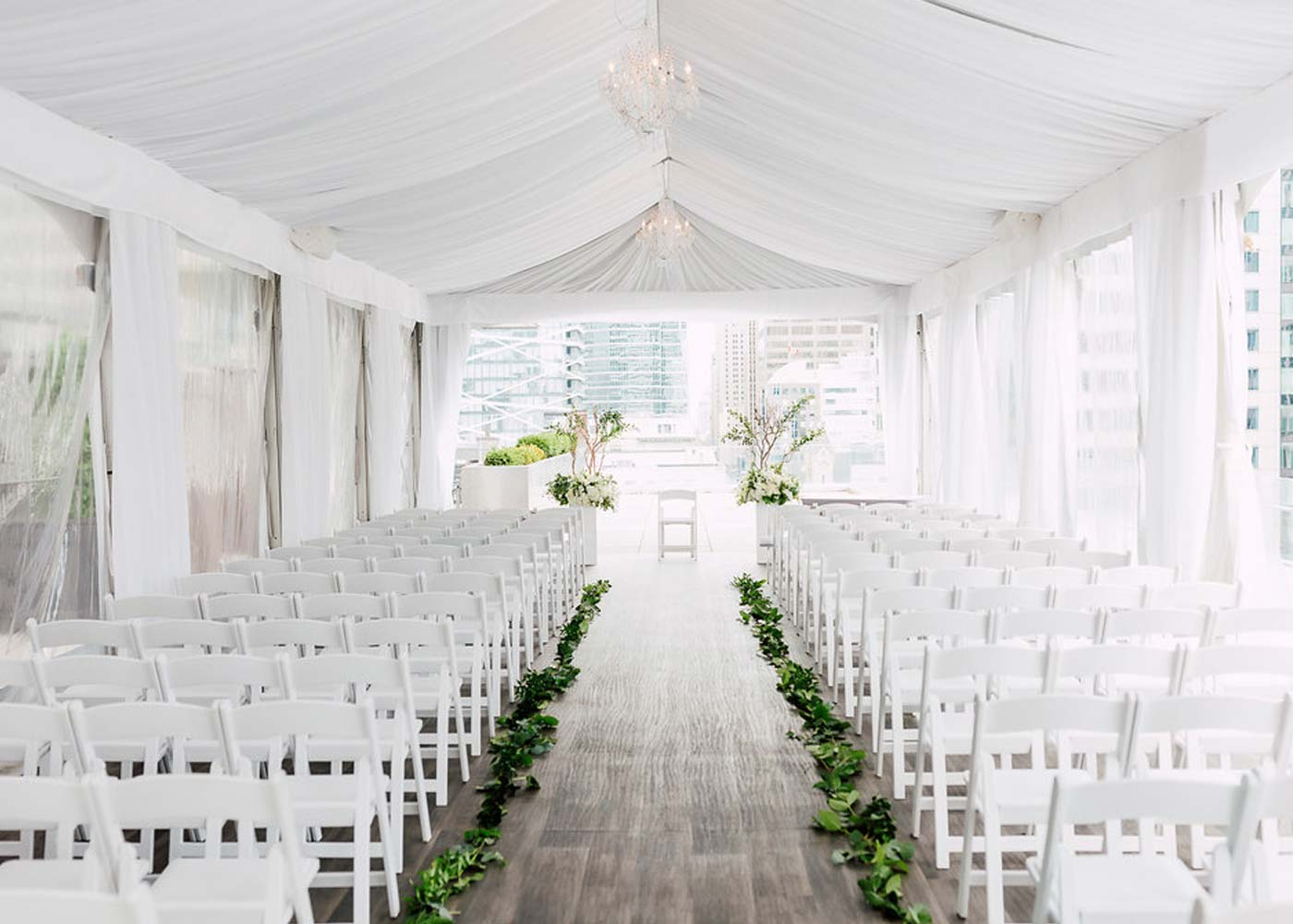 Toronto Wedding Venue - rooftop ceremony at Malaparte