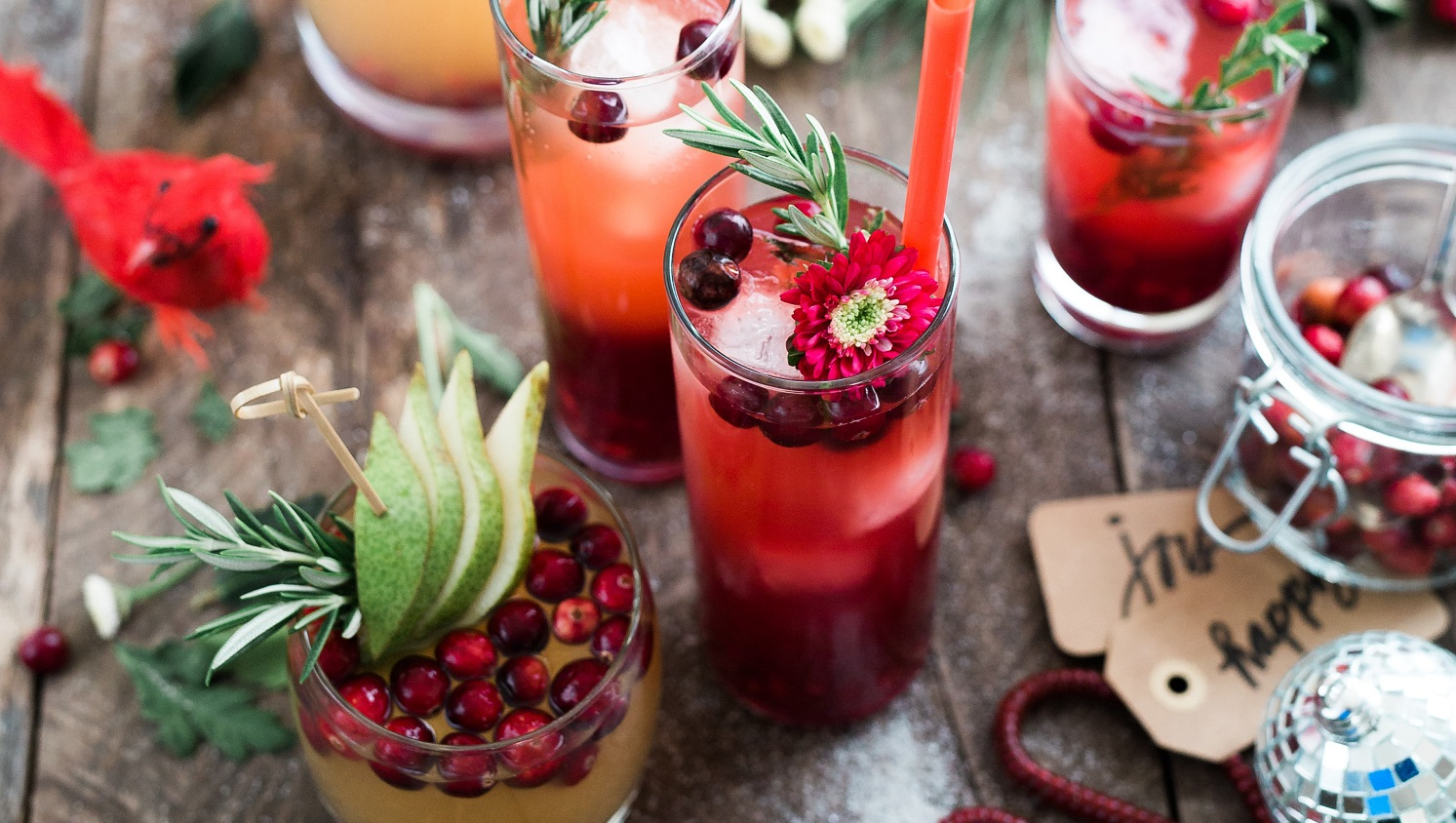 festive red cocktails