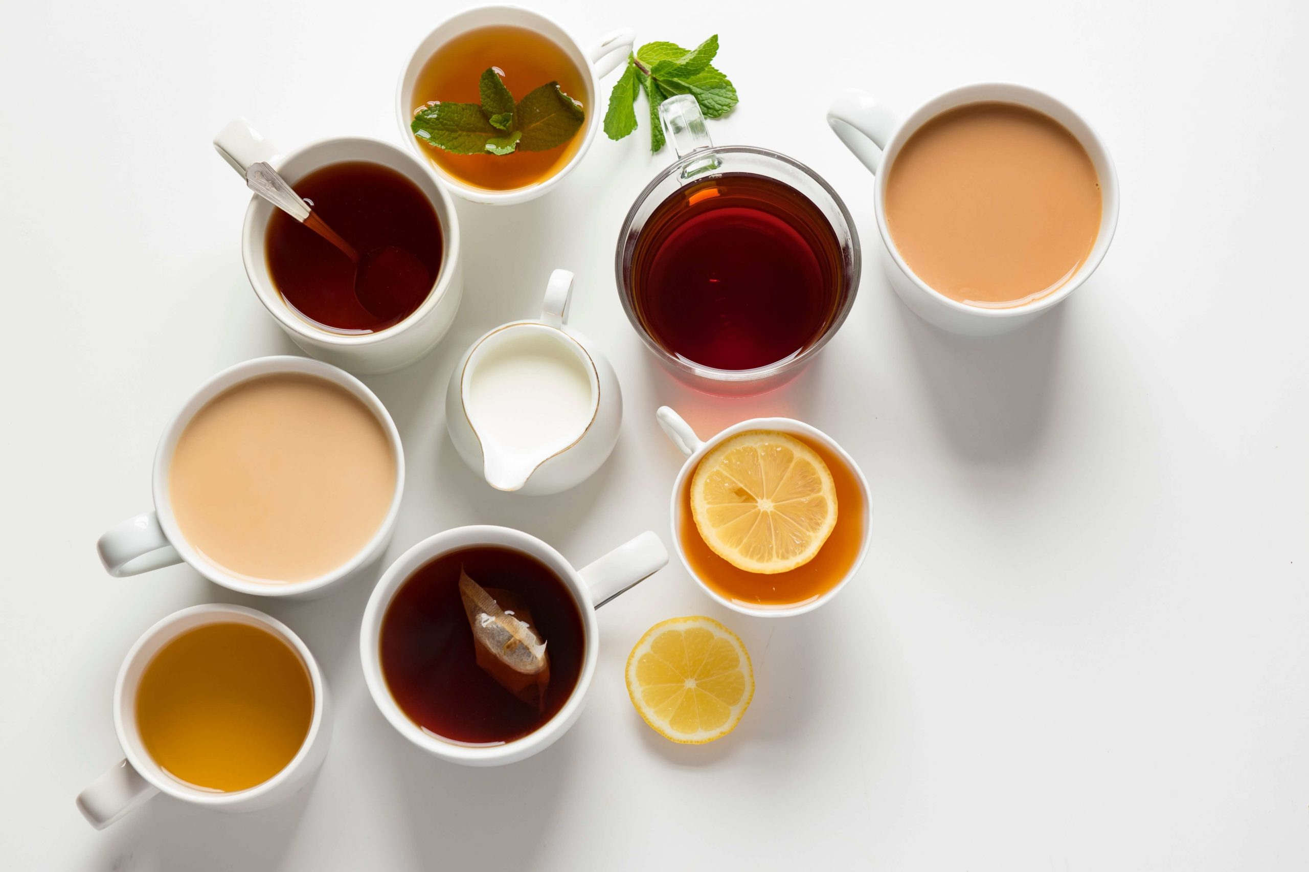 Flaylay of different teas and coffees