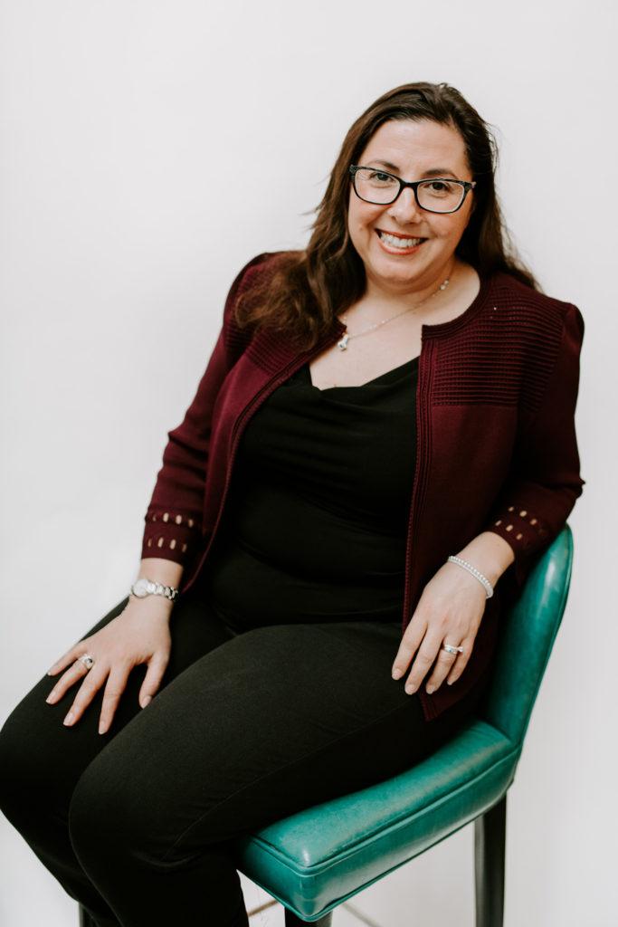Gloria Gomes-Cabral, Director - Accounting & Financial Reporting, Oliver & Bonacini Hospitality