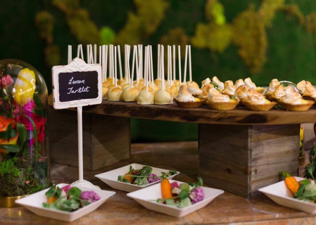 Lemon tartlets and salads on display at the Toronto WedLuxe Wedding Show at The Carlu